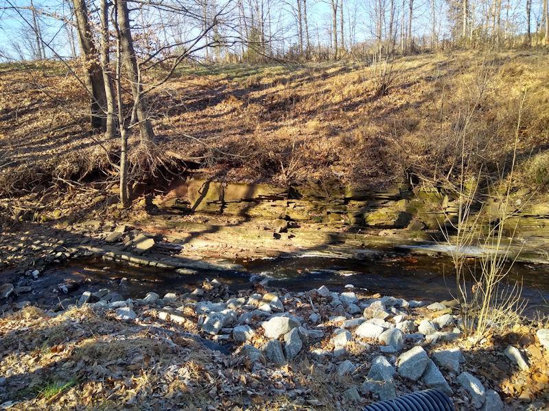 Rock formation & stream