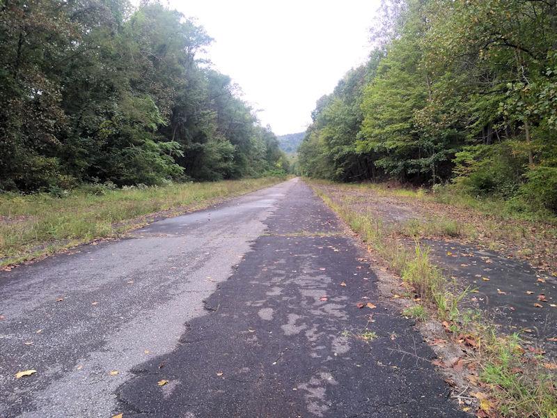 Abandoned PA TPKE 'Trail'