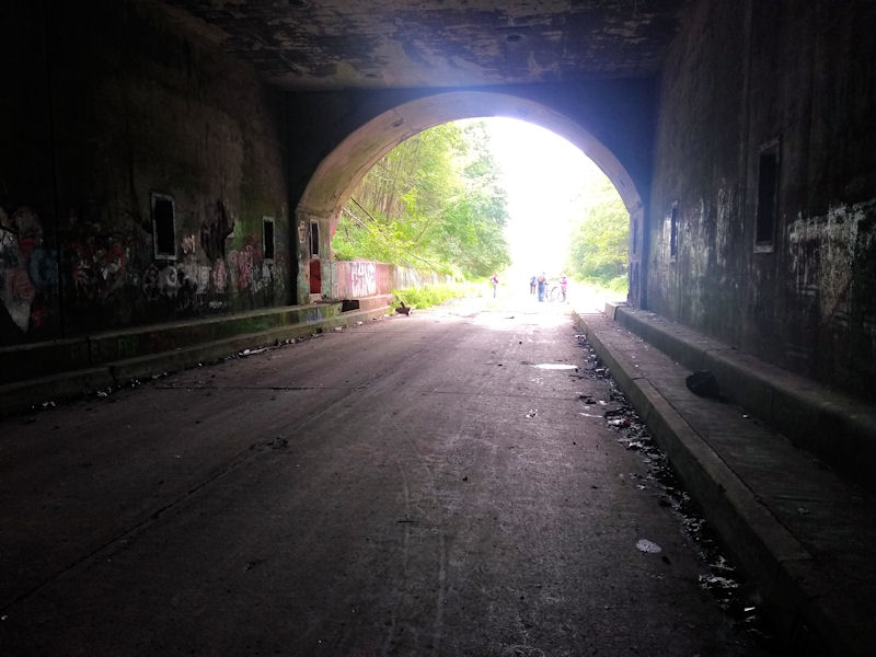 Approaching western side, Rays Hill Tunnel