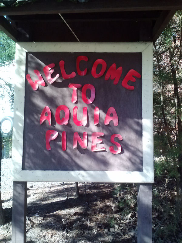 Aquia Pines Sign