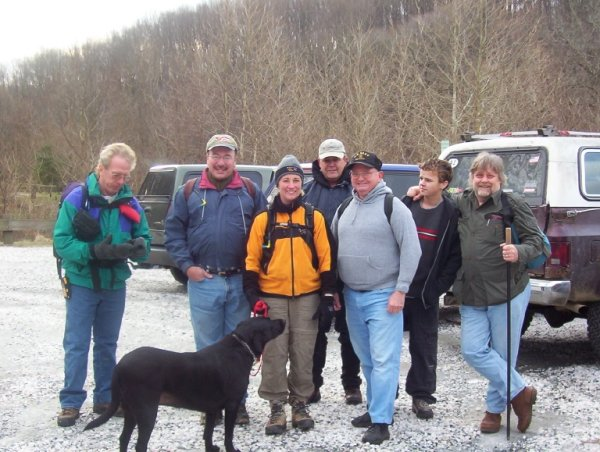 Group picture before the hike