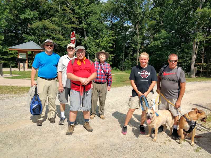 Group pic at end of hike
