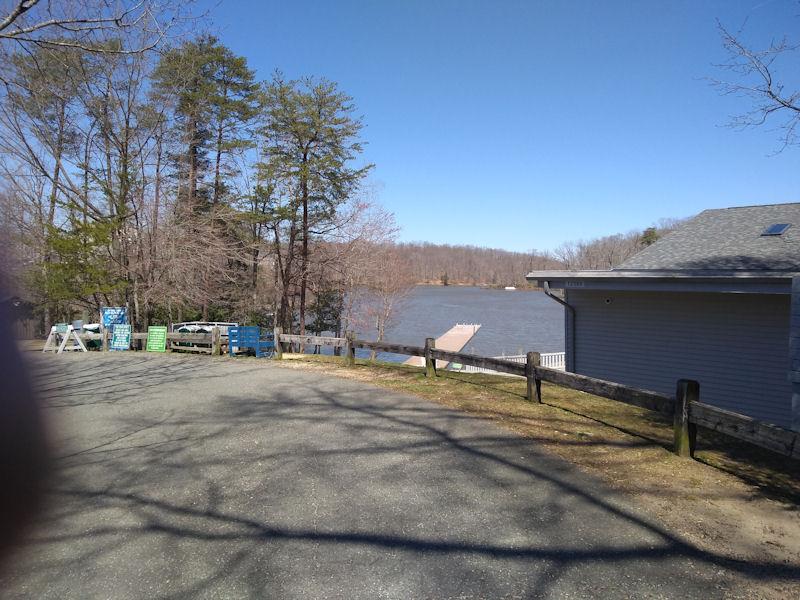Lake Ridge Park & Marina